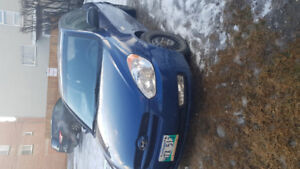 2011 Hyundai accent hatchback with sunroof