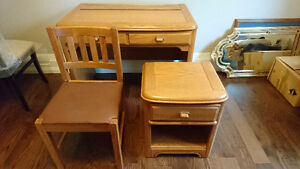 $300.00 - Boys Bedroom Set 7-Piece with Mirror - Solid Oak