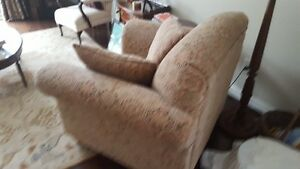 Comfortable, good quality chair for sale Stratford Kitchener Area image 2