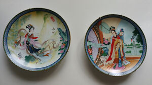 2 Beauties of the Red Mansion collector plates by Zhao Huimin