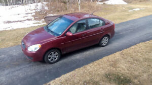 PRICE TO SELL $2200. HYDUNDAI ACCENT GLE