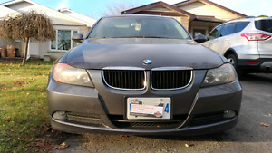 2008 BMW 323i- 6 speed manual- fully loaded