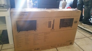 Brand New Insignia LED 32 Inch
