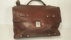 *Vintage    -    sac   en   cuir*
