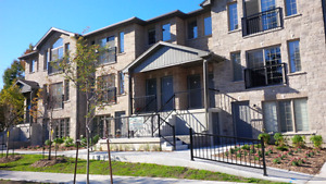 Newer Two Bedroom Apartment in Great Part of Waterloo