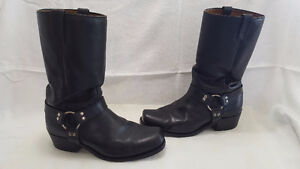 Boulet Black Motorcycle Boots for sale.