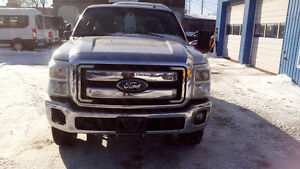 2011 Ford F-250 XL, SAFETIED, 6.2L, ONLY 80,000KM
