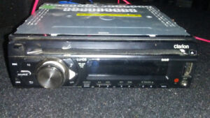 clarion cz105 car stereo receiver - selling as is
