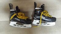 Bauer supreme MX3 youth skates SIZE 4D