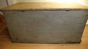 Antique Pine Blanket Box West Island Greater Montréal image 8