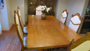 7 PC Solid Wood Dinning Table