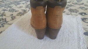 Timberland wedge boots size 6