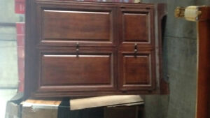 Armoire cabinet