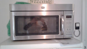 Maytag Microwave Hood Combination ( Stainless steel, Large, New)