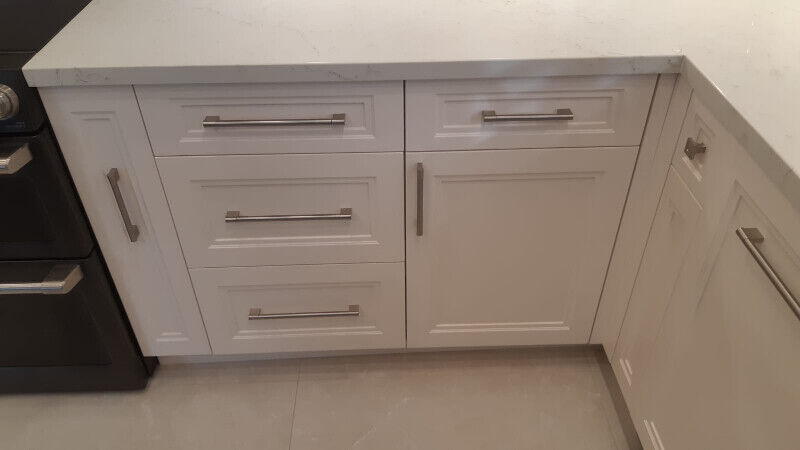 kitchen cabinets door repair, finishing and renewal of ...