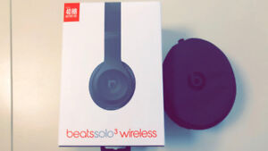 Beats Solo 3 Over the ear headphones brand new-Matte Black