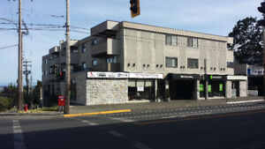 1900 ft2 – Office/Retail Space in Central Esquimalt
