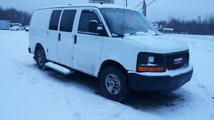 2009 GMC SAVANA 2500 CARGO VAN CLEAN RUNS WELL