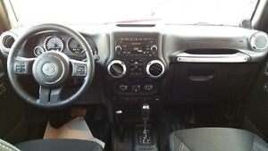 2013 Jeep Wrangler Unlimited Sahara PST Paid Hard and Soft Top Regina Regina Area image 8