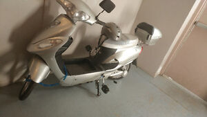 electric scooter silver H-gregoire