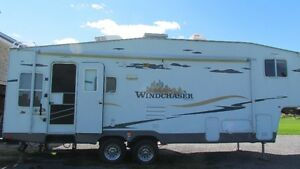 5th wheel camping trailer for sale