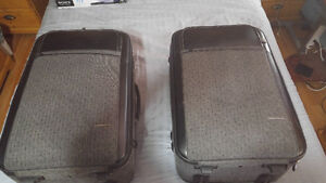 Maestro Heavy Duty Expandable 4 Piece Luggage/Like New/2 Sets