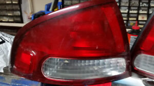 Tail Light Nissan Sentra SER Spec-V 2002