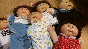 Lot of 6 cabbage patch dolls