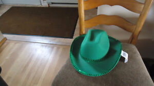 ST. PADDY'S DAY HAT & SOCKS - NEW ITEMS!!!