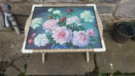 Retro folding side table
