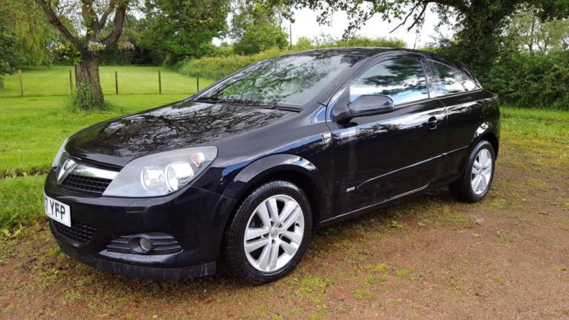Vauxhall/Opel Astra 1.6 Sport Hatch SXi - 3 Door Black - Great Drive
