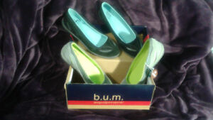Womens Slip On Shoes Size 6 New $20. For 2 Pairs