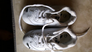 Boys shoes lot Puma Paw Patrol Cougar Joe Fresh size 7 , 8 & 9