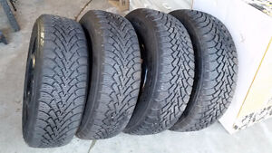 225 60 R16 Snow tires with rims