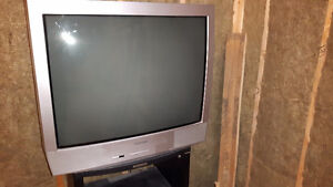 """32"""" Toshiba Solid State TV"""