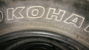 4Yokohama 265/70/17 used tires