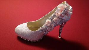 Chaussure de bal pour femme (neuve)