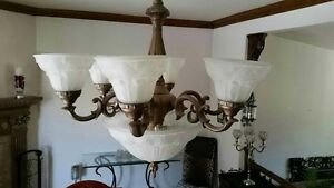 Beautiful Victorian Style light fixture West Island Greater Montréal image 1