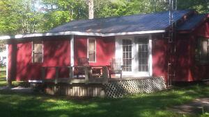 Dunlop Cozy Cottage Getaway