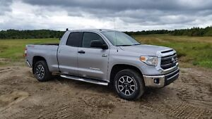 2014 Toyota Tundra TRD Camionnette