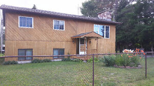MOVE IN READY HOUSE FOR SALE IN SEARCHMONT