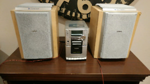 Philips CD and cassette audio player 2 speakers