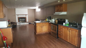 Roommate Wanted - Glenmore B.C.