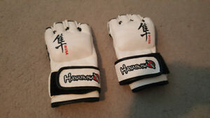 WHITE HAYABUSA IKUSA 4-OUNCE MMA GLOVES