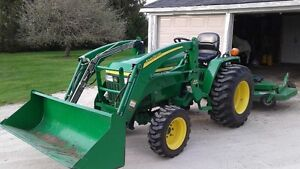 2005 John Deere 790 tractor with 300 loader and accessories