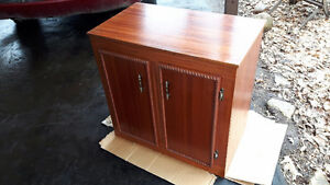 RETRO CABINET, ENTERTAINMENT STAND, HALL Stand, (Aquarium Stand?