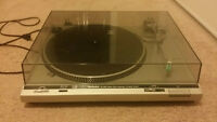 Technics SL-D20 Direct Drive Automatic Turntable System