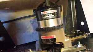 Porter -Cable router with Router Table and New Router Bits