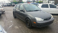 2005 Ford Focus SES Sedan