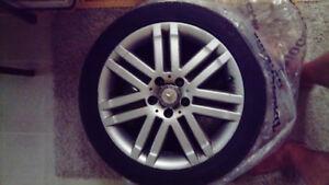 Mags d'origine Mercedes et des pneus d'été